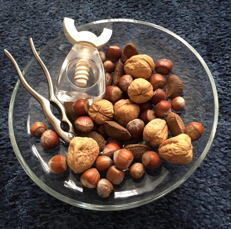 christmas-nuts